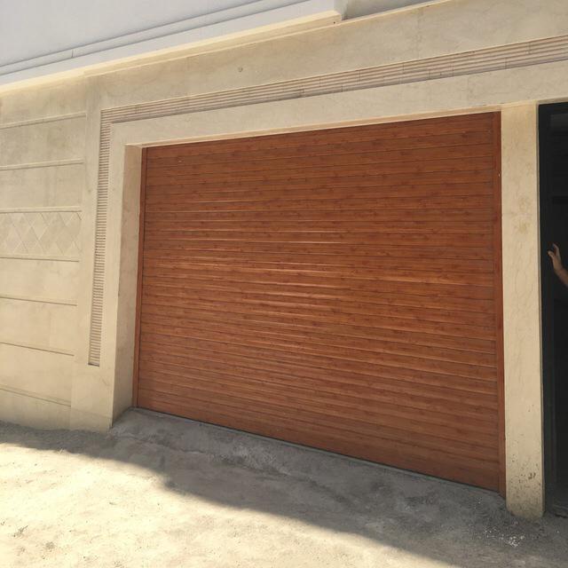 نصب وتعمیر انواع دربهای کرکره ای؛شیشه ای اتومات؛جک پارکینگ و...