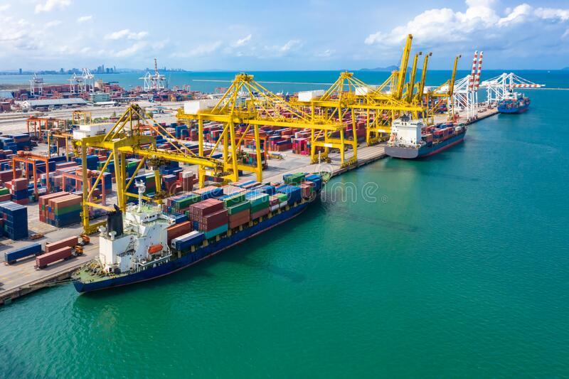 ارائه خدمات بازرگانی،صادرات واردات وریا