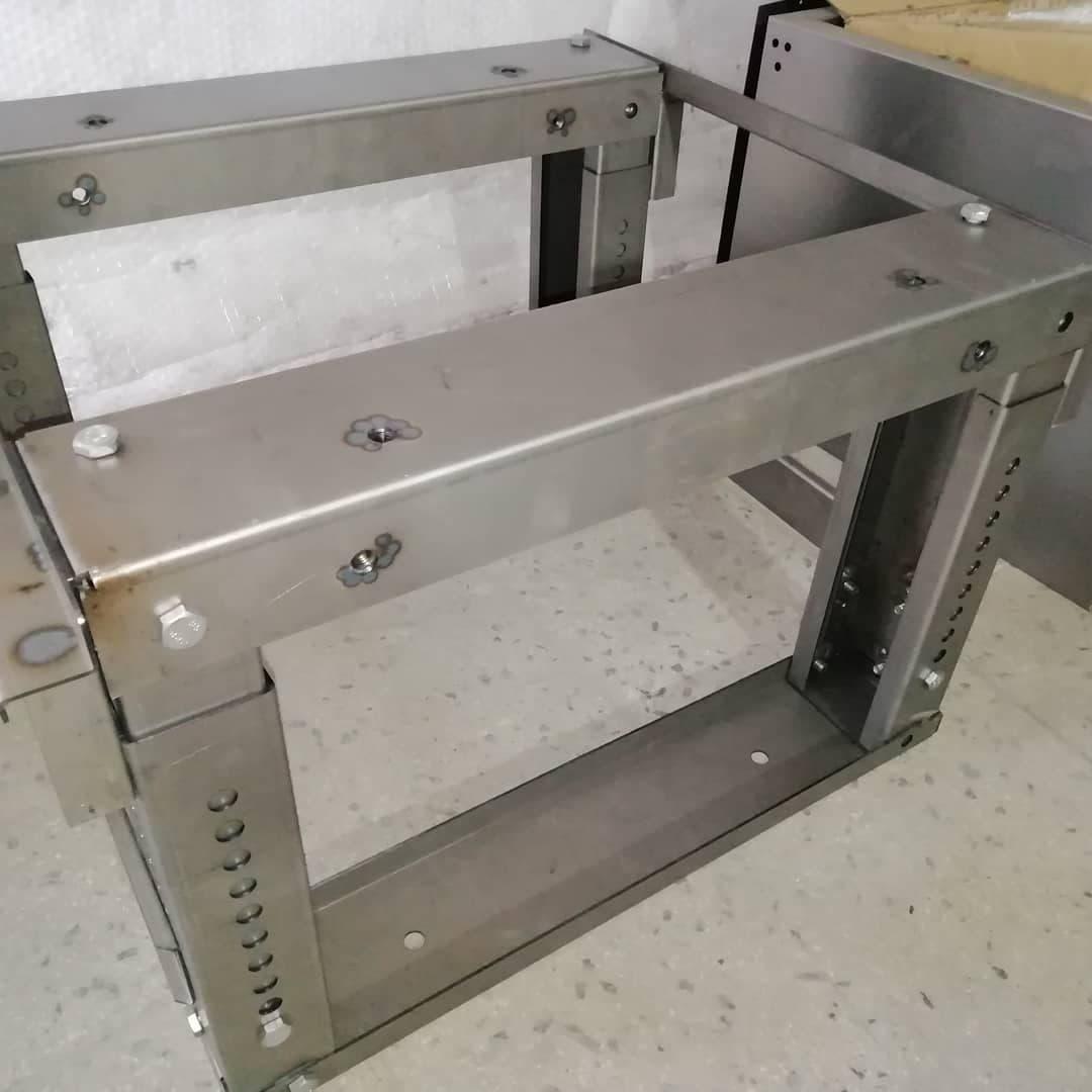 طراحی و تولید مصنوعات فلزی صبا